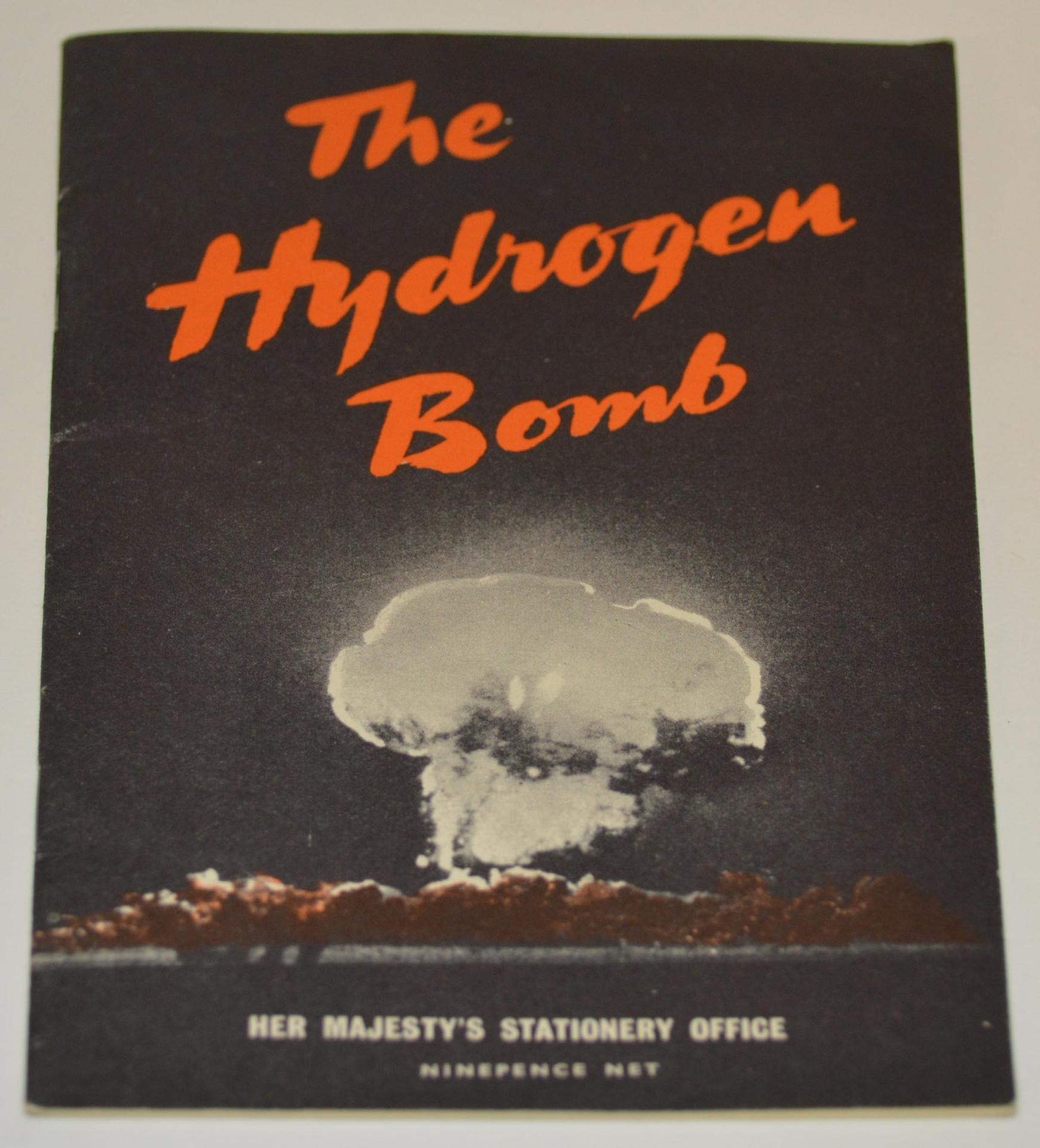 surviving the cold war When america dropped a bomb on japan in 1945 it marked the end of world war 2 and the beginning of the cold war the government urged citizens to be prepared for the.